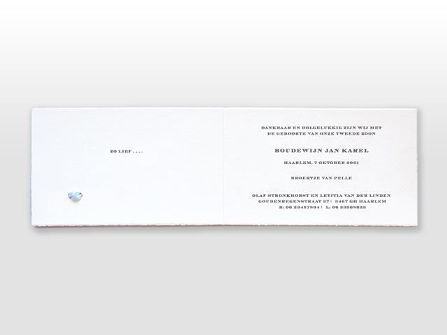 Coen Oud Hollands wit geboortekaartje met met los naamkaartje en Frans strikje binnenzijde
